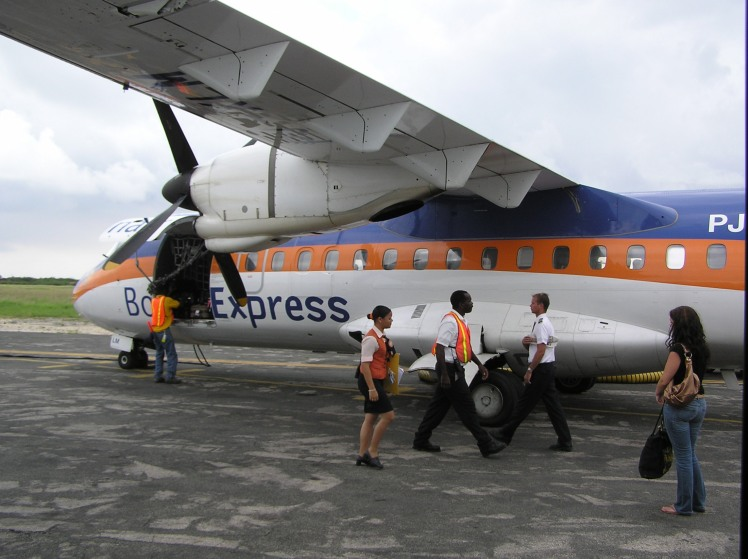 Bonaire Express tog oss mellan öarna
