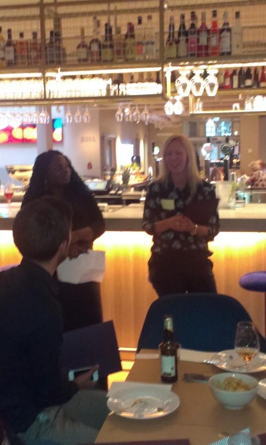 Lola Akinmade Åkerström till vänster pratade om Travel massive och Towe om Svenska Resebloggar