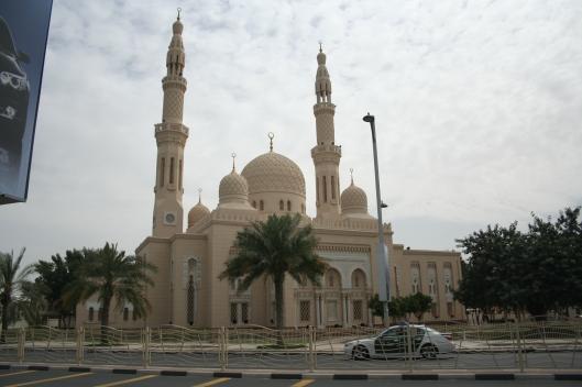 Kända Jumeirah-moskén i Dubai