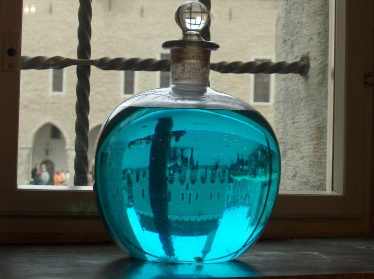 Från Europas näst äldsta apotek som fortfarande är i bruk.